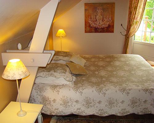 Chambre-Belle-de-nuit-couv-Longere-La-Longere-du-Plessis-Maison-Hote-Gite-Nantes