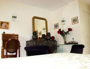 Chambre-Baccara-P5-La-Longere-du-Plessis-Maison-Hote-Gite-Nantes
