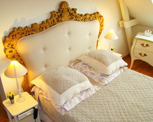 Chambre-Reine-des-Pres-couv-Longere-La-Longere-du-Plessis-Maison-Hote-Gite-Nantes