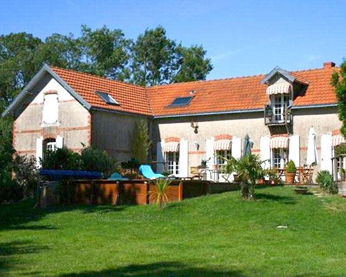 Chambres-couv-La-Longere-du-Plessis-Maison-Hote-Gite-Nantes